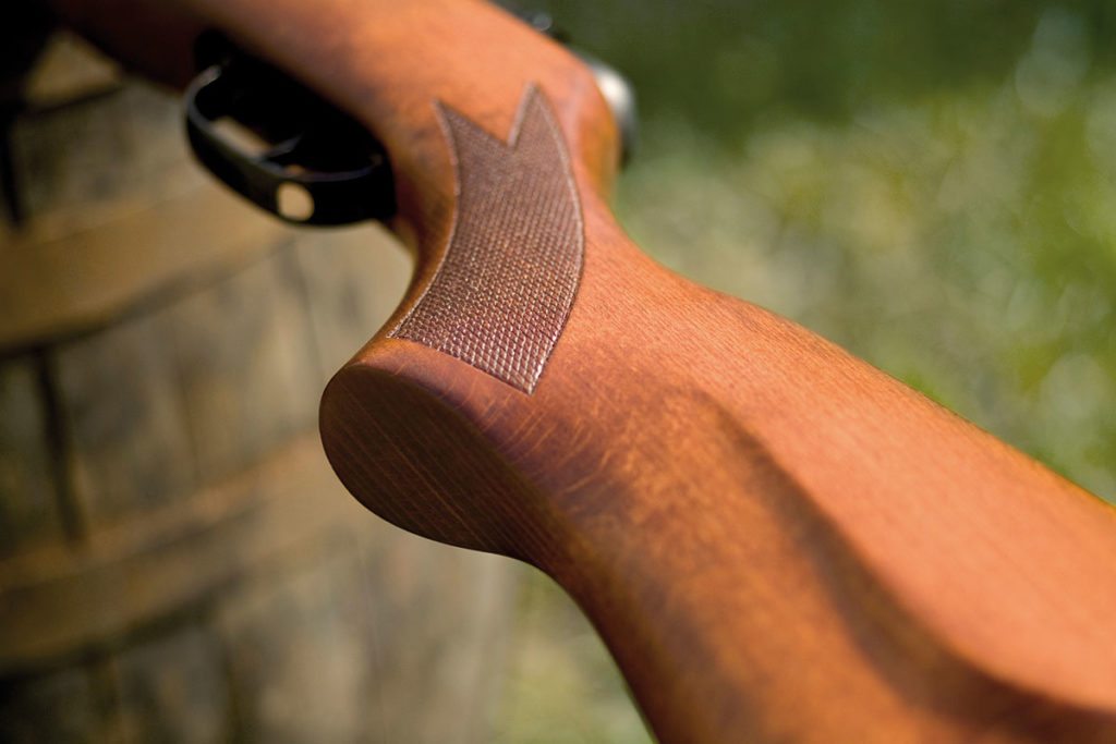Choosing the best stock for your air rifle. Choosing among polymer and wood.